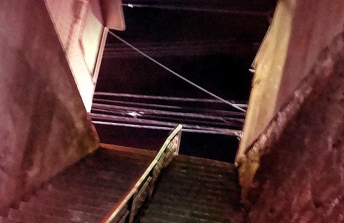 階段のぼったら